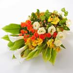旬のお花でつくる「季節の花束」(イエロー)M
